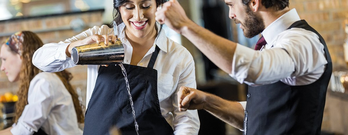 apprenticeship-industry-catering-hospitality-bar-featured-image-1200x467